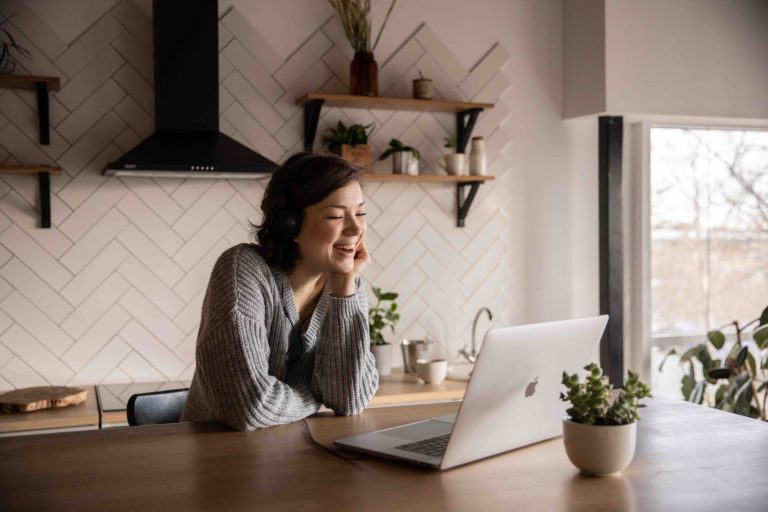 There are many disadvantages and advantages to virtual teams, but isolation is a big con. Scheduling virtual team events can help combat this, however.